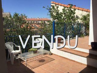 Appartement en rez-de-jardin MARSEILLE 7EME arr 65 m² ()