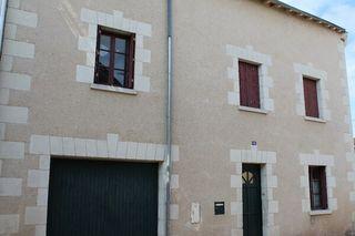 Maison de ville CHATELLERAULT 174 m² ()