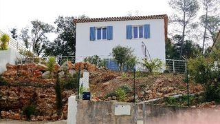 Maison individuelle TRANS EN PROVENCE 97 m² ()