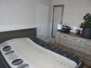 Appartement rénové GOLBEY 72 m² ()