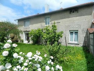 Maison de village DIARVILLE 115 m² ()