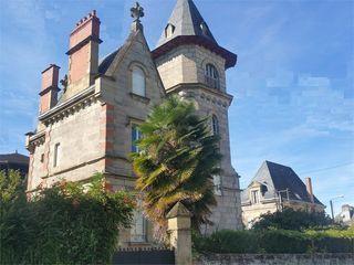 Maison de caractère BRIVE LA GAILLARDE 215 m² ()
