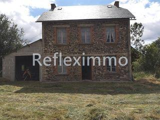 Maison à rénover HERMENT 99 m² ()