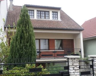 Maison VILLEJUIF 140 m² ()