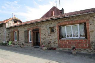 Maison de village MARTIGNY LE COMTE 102 m² ()