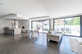 Maison contemporaine HEYRIEUX 174 m² ()