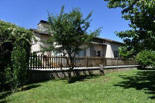 Maison contemporaine CLERVAL 200 m² ()