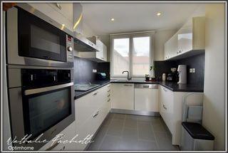 Appartement TULLINS 63 m² ()
