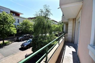 Appartement CARRIERES SOUS POISSY 31 m² ()