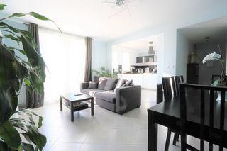 Appartement en résidence MANOM 66 m² ()