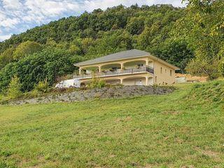 Maison semi plain-pied BELLEY 170 m² ()