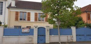 Maison ANGERS 140 m² ()