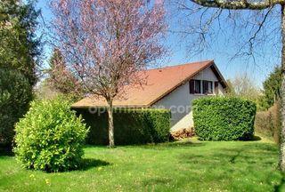 Maison SAINT SIMEON DE BRESSIEUX 148 m² ()