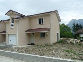 Maison LE CHAMP PRES FROGES 102 m² ()