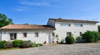 Maison contemporaine GAILLAC 210 m² ()