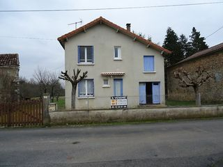 Maison individuelle PRANZAC 82 m² ()