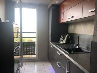 Appartement MEYZIEU 57 m² ()