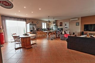 Maison plain-pied VILLESEQUELANDE 96 m² ()