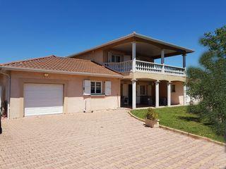 Maison AUBERIVES SUR VAREZE 169 m² ()