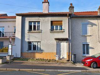 Maison de village MAIZIERES 99 m² ()