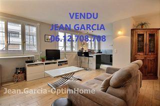Appartement 1960 PARIS 15EME arr 57 m² ()