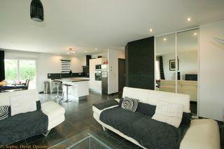 Maison SAINT JEAN D'ARDIERES 91 m² ()