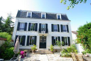 Maison BOIS COLOMBES 200 m² ()