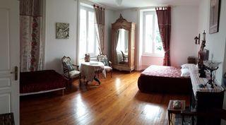 Maison de maître ROISEY 365 m² ()