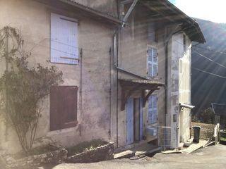 Maison mitoyenne TENAY 42 m² ()