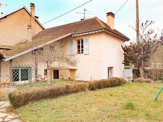Maison BELLEY 110 m² ()