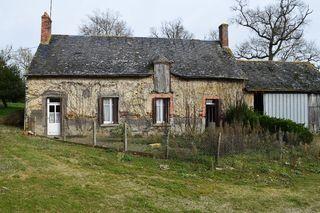 Maison à rénover FAYE D'ANJOU 84 m² ()