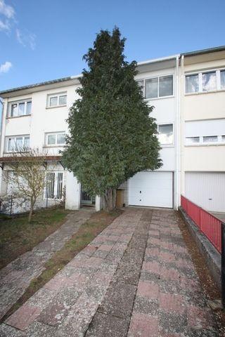 Maison jumelée FLEURY 80 m² ()