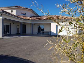 Maison ROUSSILLON 205 m² ()