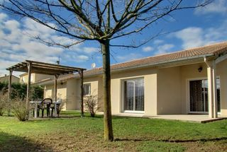 Maison plain-pied LE GRAND SERRE 141 m² ()