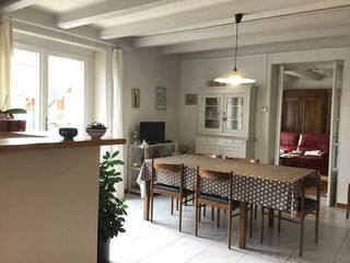 Maison en pierre BRENOD 300 m² ()