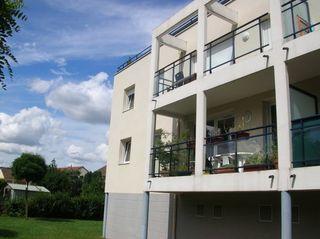 Appartement MOULINS LES METZ 60 m² ()