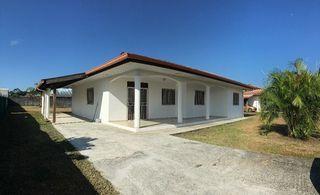 Maison MATOURY 94 m² ()