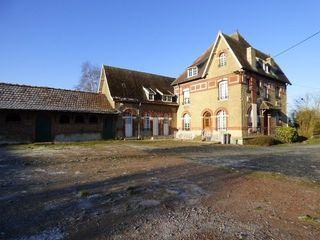 Corps de ferme IZEL LES EQUERCHIN 259 m² ()