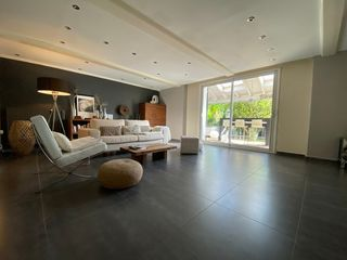 Maison JONAGE 298 m² ()