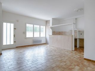 Appartement MONTFAVET 69 m² ()