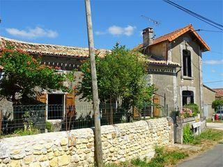 Maison individuelle CHAZELLES 88 m² ()