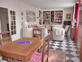 Maison TOURS 154 m² ()