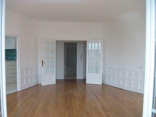 Appartement rénové AUTUN 150 m² ()