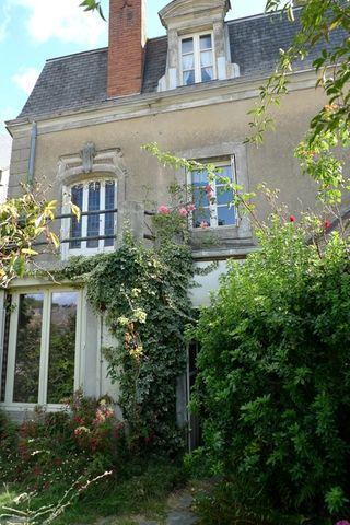 Maison à rénover SILLE LE GUILLAUME 129 m² ()