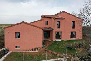 Maison BAINS 240 m² ()