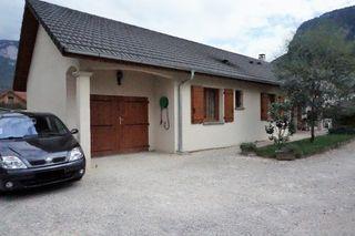 Maison contemporaine SAINT LAURENT DU PONT 101 m² ()