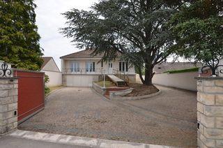 Maison rénovée CHECY 75 m² ()
