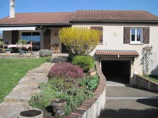 Maison ENTRAIGUES 107 m² ()