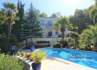 Villa FARGUES SAINT HILAIRE 330 m² ()