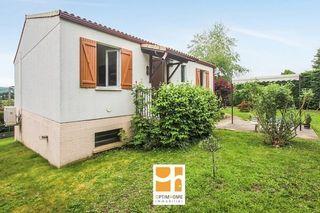 Maison BILLOM 75 m² ()